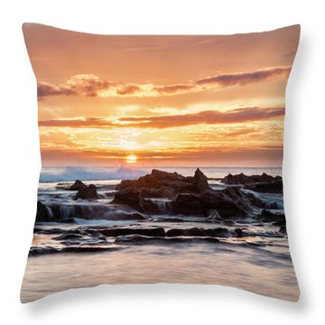 Throw Pillow featuring the photograph Horizon In Paradise by Heather Applegate