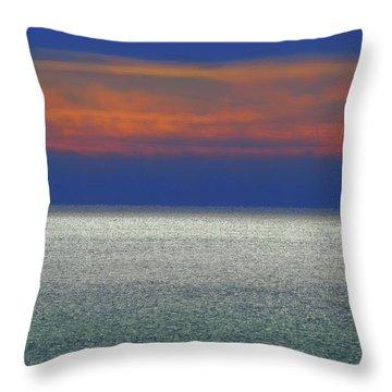 Horizontal Sunset Throw Pillow