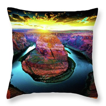 Horse Shoe Bend Throw Pillow