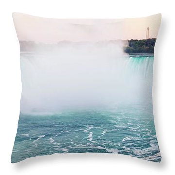 Horseshoe Falls At Dusk Throw Pillow