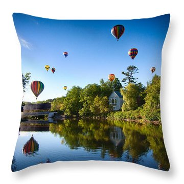 Hot Air Balloons In Queechee 2015 Throw Pillow by Jeff Folger