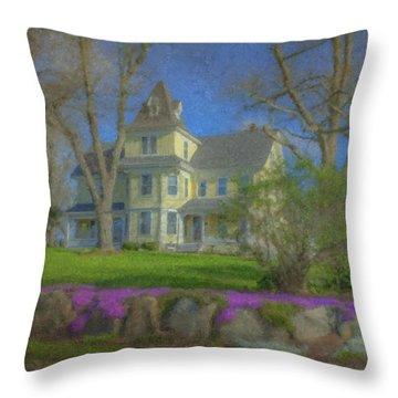 House On Elm St., Easton, Ma Throw Pillow