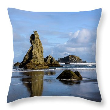 Howling Dog Throw Pillow