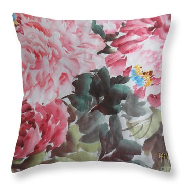 Throw Pillow featuring the painting Hp11192015-0758 by Dongling Sun