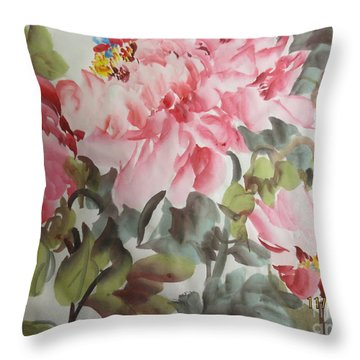 Throw Pillow featuring the painting Hp11192015-0769 by Dongling Sun