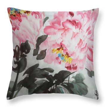 Throw Pillow featuring the painting Hp11192015-0770 by Dongling Sun