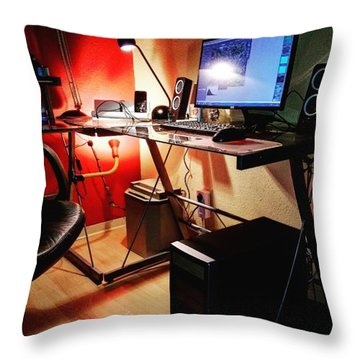 #hters #addistechblog #computers Throw Pillow