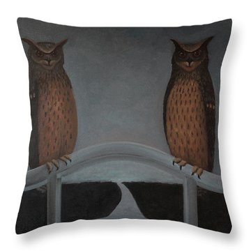 Hu-hu-bro Throw Pillow