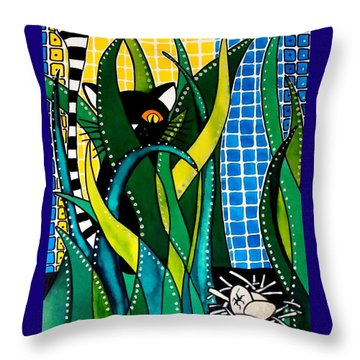 Hunter In Camouflage - Cat Art By Dora Hathazi Mendes Throw Pillow