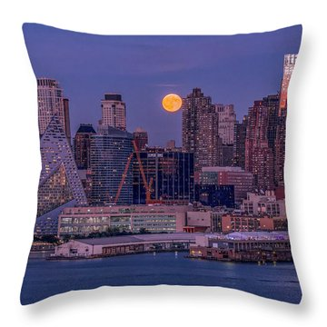 Hunter's Moon Over Ny Throw Pillow