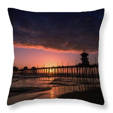 Huntington Pier At Sunset Throw Pillow