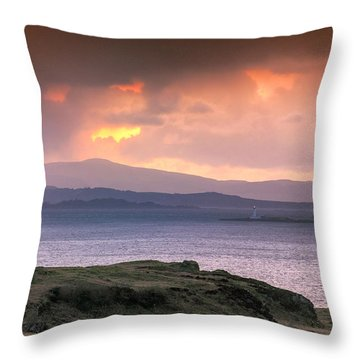 Hutcheson's Monument On The Isle Of Kerrera At Sunset Throw Pillow