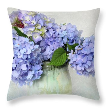 Hydrangea 1 Throw Pillow