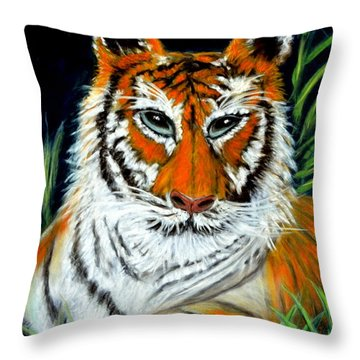 I A M Throw Pillow