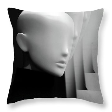 I Fell For Her Mind  Throw Pillow