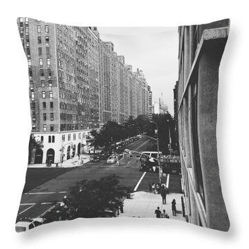 Nyc Love Throw Pillow