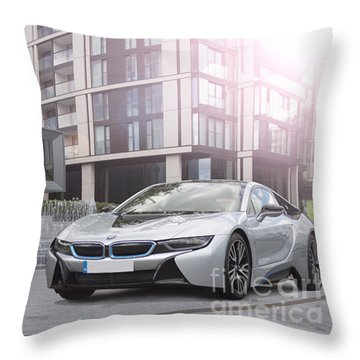I8 Architecture  Throw Pillow by Roger Lighterness