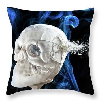 Ice Skullpture Throw Pillow