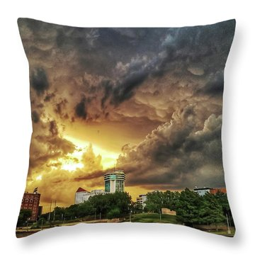 Ict Storm - From Smrt-phn L Throw Pillow