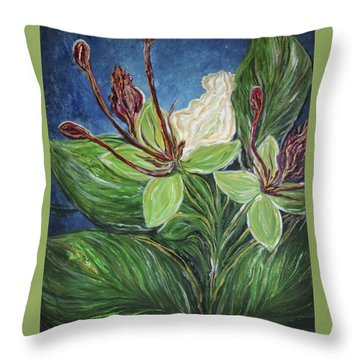 Ifit Flower Guam Throw Pillow
