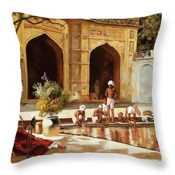 Il Bagno Throw Pillow