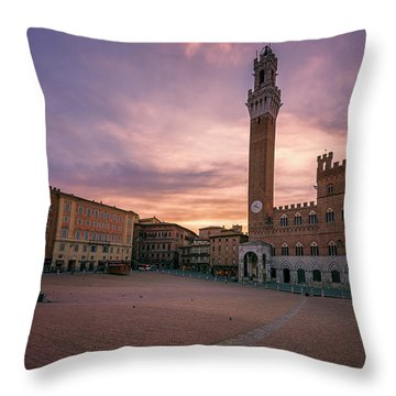 Throw Pillow featuring the photograph Il Campo Dawn Siena Italy by Joan Carroll