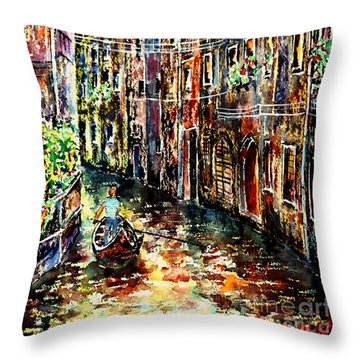 Il Giro Finale Del Gondoliere Throw Pillow