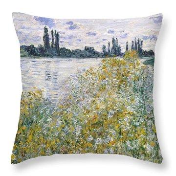 Ile Aux Fleurs Near Vetheuil, 1880 Throw Pillow