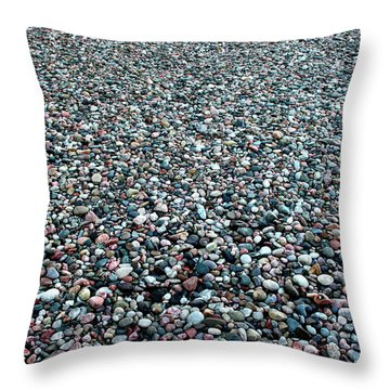 I'm Unique Just Like Everyone Else Throw Pillow