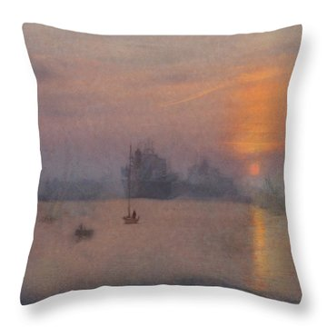 Impression Solent Leviathans Throw Pillow