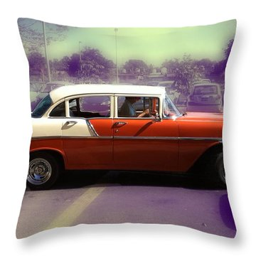 In Havana... Throw Pillow