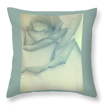 In Heavenly Cloud Throw Pillow