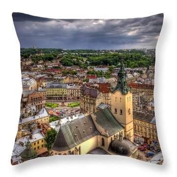 In The Heart Of The City Throw Pillow