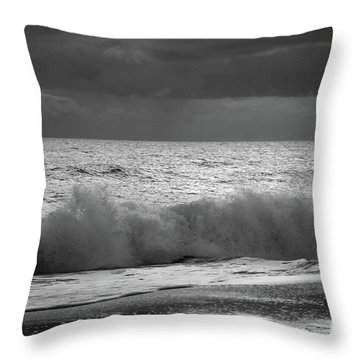 Incoming Tide Bw Throw Pillow