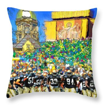 Irish Run To Victory Throw Pillow