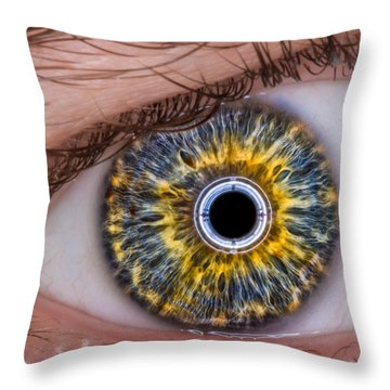 iRobot Eye v2.o Throw Pillow