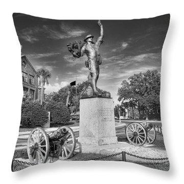 Iron Mke Statue - Parris Island Throw Pillow
