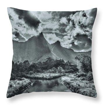 island Moorea Throw Pillow