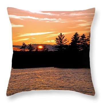 Throw Pillow featuring the photograph Islands Of Tranquility by Lynda Lehmann