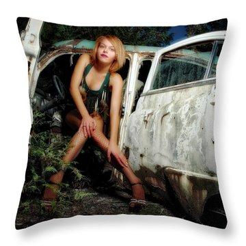 Izzy's Buick Throw Pillow