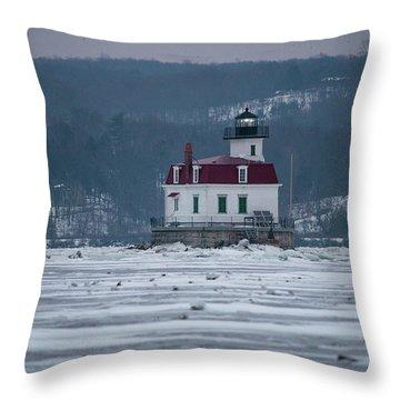 January Morning At Esopus Light Throw Pillow
