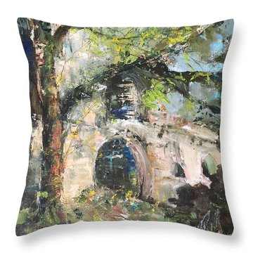 Jardin D'au Paradis  Throw Pillow