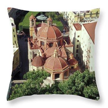 Throw Pillow featuring the photograph Jardin De La Union Guanajuato Mexico by John  Mitchell
