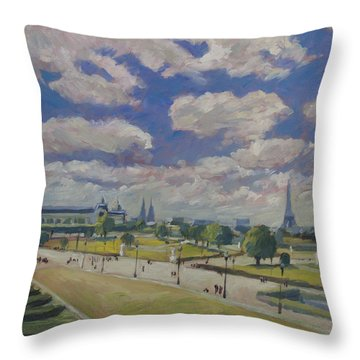 Jardin Des Tuileries Paris Throw Pillow