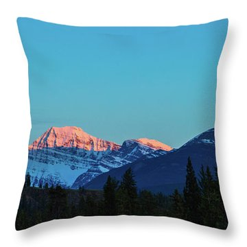 Jasper National Park Throw Pillow