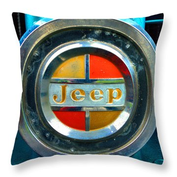 Jeep Logo 192 Throw Pillow