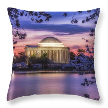 Jefferson Memorial Pre-dawn Throw Pillow