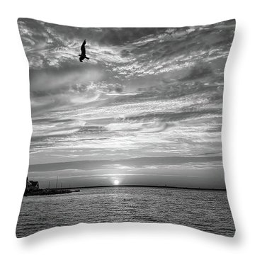 Jersey Shore Sunset In Black And White Throw Pillow
