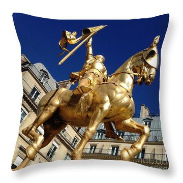 Joan Of Arc - Paris Throw Pillow