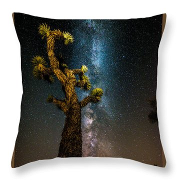 Joshua Tree And Milky Way Throw Pillow